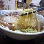 三日月軒 - 麺アップ!