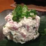 津山城下町 キタヤマ - 豆腐と牛タンの和え物