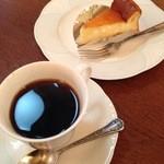 Fイワモリ - チーズケーキとブレンド