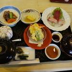 稚加榮 - お昼の和定食
