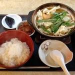 ちゃんこ定食 玉ちゃん - ちゃんこ定食・醤油(680円)