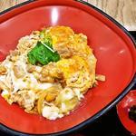 博多華味鳥 - 親子丼650円