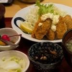 さち福や - カキフライ定食(豚汁バージョン)