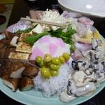 太郎 - 鍋の具(写真は5人前)2013年12月