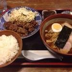 待夢 - 焼肉セット(¥1,050) 一口カレー辛口(¥50)