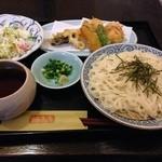 旬菜BUNKO 柚子庵 - 海老しんじょの湯葉茶巾と野菜天ぷら、稲庭うどんセット