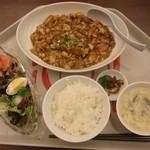 デイナイト - 日替わり定食Aマーボー豆腐