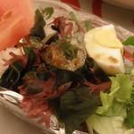 デイナイト - 海草サラダ;アップ
