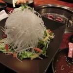 秋田牛玄亭 - 大根サラダ