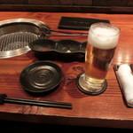 秋田牛玄亭 - テーブルセッティング・・・大仙牛玄亭とは、つけダレの出し方も一線を画す