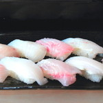 惣四郎 - 料理写真:地魚にぎりAセット
