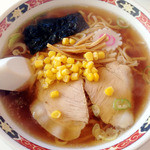 らーめんきむら - 料理写真:しょうゆラーメンAセット 2013年12月