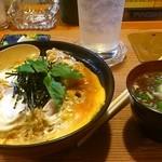 とりのぜん一鳥 - 秋田比内地鶏・親子丼