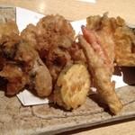 23227937 - 白子と牡蠣の天ぷら