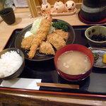 とんかつ とんこ - 食べ比べ御膳:1,700円