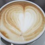 ナガハマコーヒー - ドリンクはカフェラテを選択