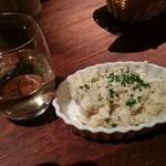 バルサバルサ - アンチョビポテトサラダと、白ワイン
