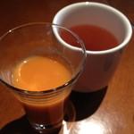 中華香彩JASMINE - 最初に提供されるお茶と野菜ジュース2013年12月