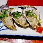 えんざ - 本日のおすすめ「殻つき生牡蠣」