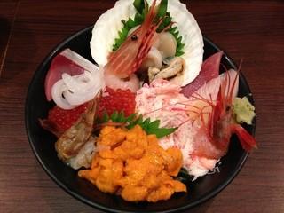 魚菜屋 - 美食丼物語