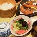 四六時中 - 「牡蠣海老ひれかつ定食」(1,090円)