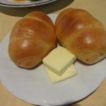 23244602 - ロールパン