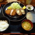とんかつ高山 - チーズ入りメンチ・ヒレ定食