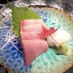 町衆料理 京もん - おまかせコース 和 やわらぎのハマチの刺身