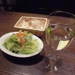 魔法のパスタ - 『グラスワイン 白』 ¥400円