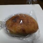 23252648 - 楽健寺のパン