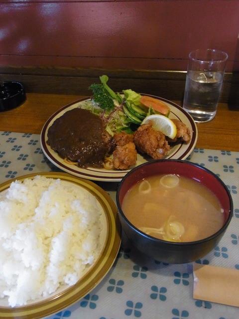 昔ながらの洋食屋 鈴なり - ご飯(170円)と味噌汁(80円)をつけても計900円