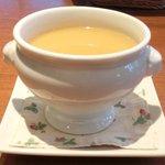 23262407 - グラタンランチ 1050円 のスープ