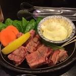 和牛炭火焼西門 - 料理写真:チーズフォンデュ(カルビ付き)1200円