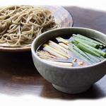 和食 縁 蕎麦切り - 有名な河内鴨を使った鴨汁せいろと鴨南蛮は、当店でしか味わうことのできない一品です。