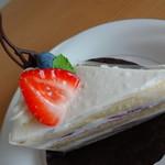 パティスリー ヌヌー - ショートケーキ