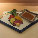 艪 - 蟹味噌のバーニャカウダ