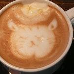 Cafe 5040 Ocha-Nova - ホワイトカフェモカ「涙目の猫」