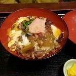 田舎料理 俵山 - 馬肉丼550円 単品