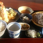 そば大将 - 料理写真:えび天重定食