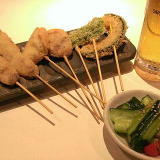 季節を味わえる野菜達の串カツは絶品♪ビールや日本酒お酒といったお酒のおつまみに!