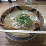 麺豚進 - キャラメルとんこつ730円