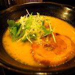 ちょんまげ食堂 ラーメン部 - 鶏パイタンらーめん700円