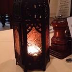 23287273 - テーブルランプです。
