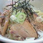 ケイジロー - 温卵まぜ麺