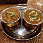 カフェアブリ - Bセット2種のカレー(チキンとインド豆)