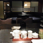 割烹 吉浜 - 大人の雰囲気が漂う店内