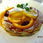 TORRANCE BAYSIDE CAFE - プレーンパンケーキ(オレンジソース)!