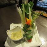 居酒屋 NIJYU-MARU - グリーンカレーのスティックサラダ