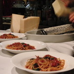 ristorante ANDREA - 一同びっくり仰天の、ハーブの香りが突き抜けるパスタ
