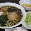 志津 - 料理写真:定番のラーメンセットです!